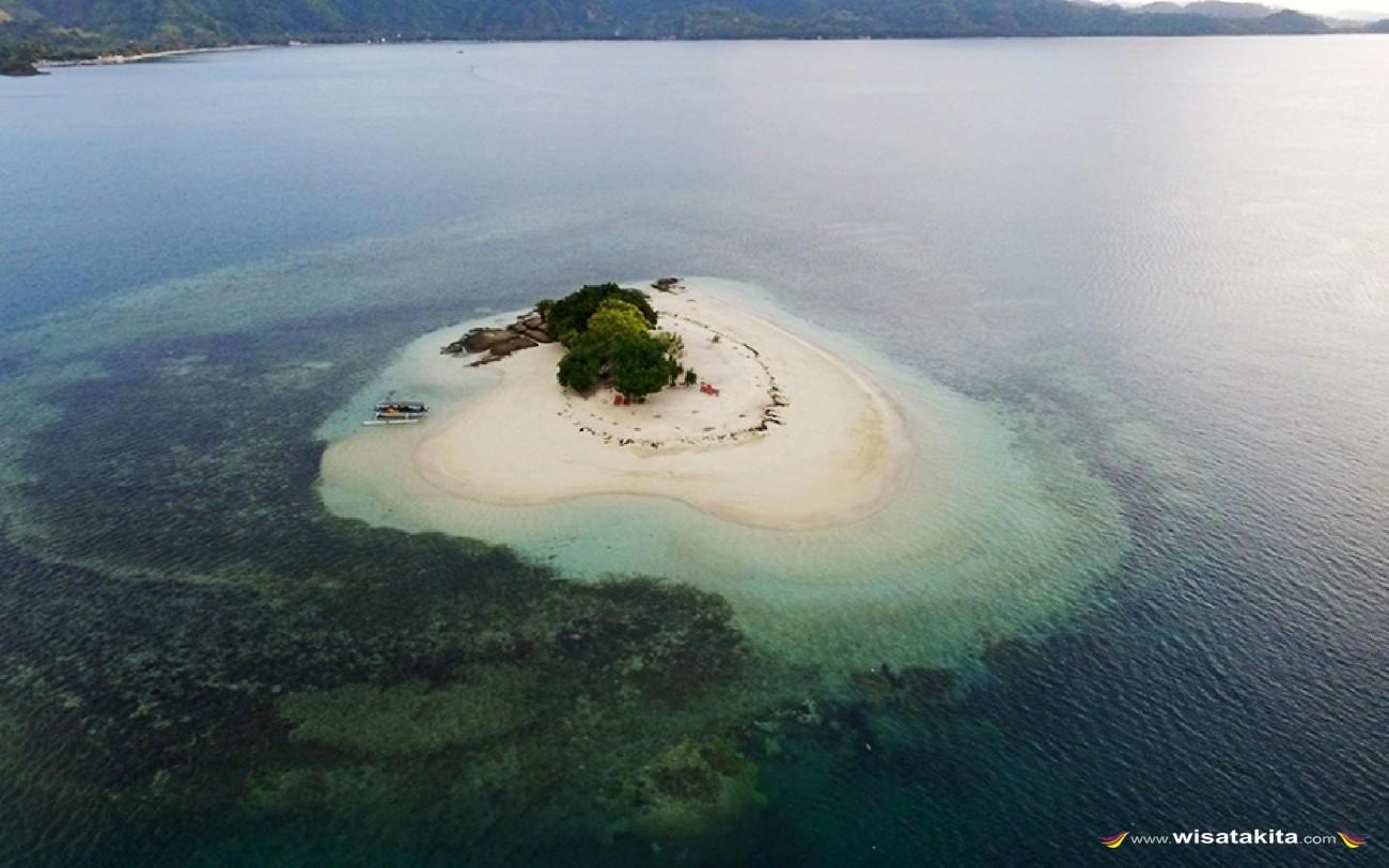Pulau Cinta (Gili Kendis) Lombok