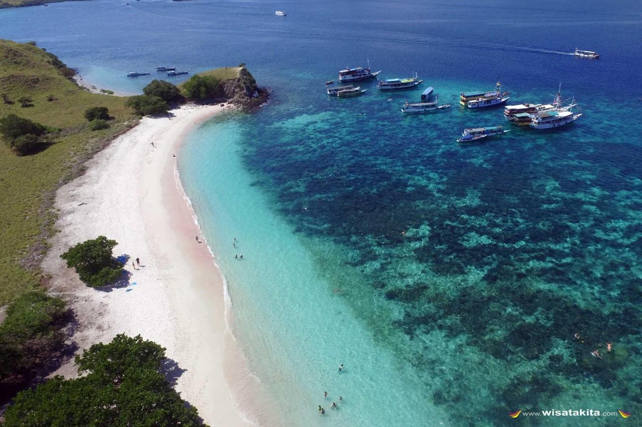 Pantai Pink Taman Nasional Komodo