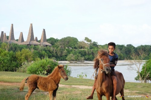Eksotis Sumba  13-16 April 2019