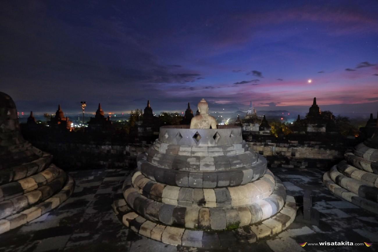 Sunset dari candi Borobudur