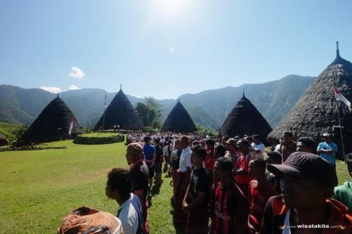 Upacara kemerdekaan Indonesia masyarakat Waerebo