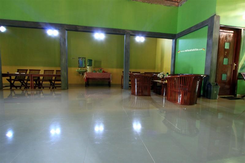 Ruang Tengah Homestay