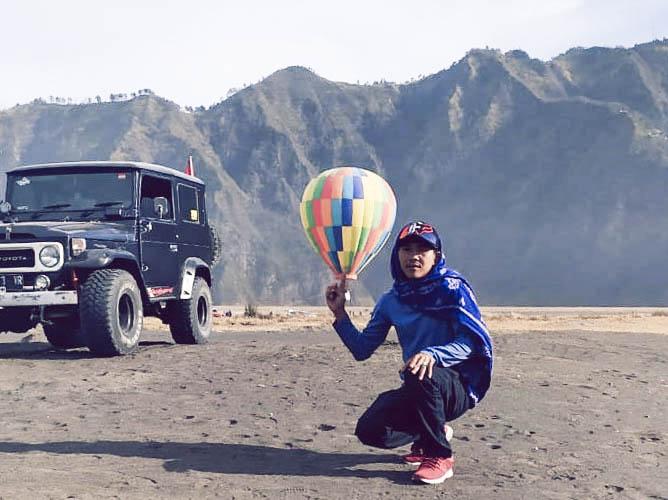 Balon Udara Gunung Bromo Indonesia