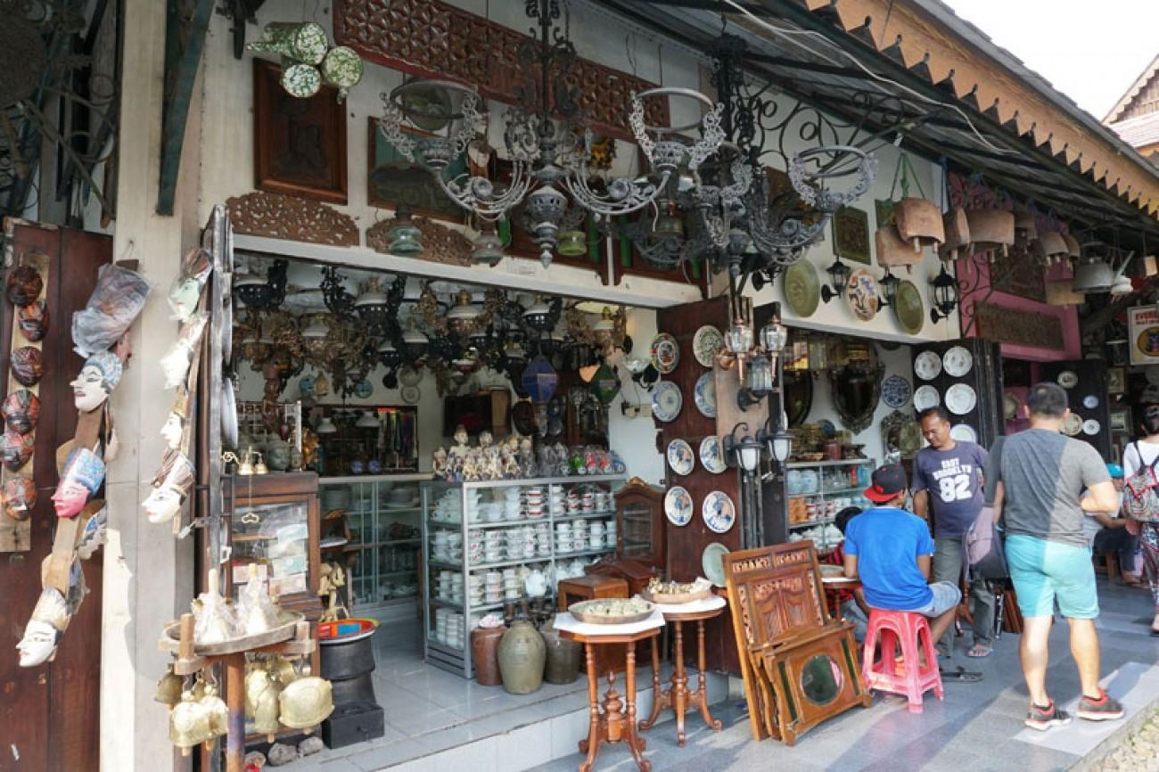 Pasar Windujenar (Triwindu)